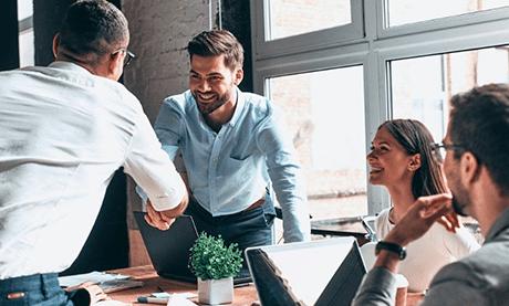 ¿Qué requisitos existen para crear una empresa?
